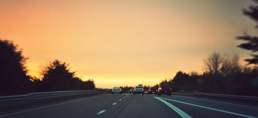 rsz_sunset-on-highway.jpg